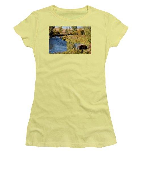 National Bison Range Women's T-Shirt (Athletic Fit)