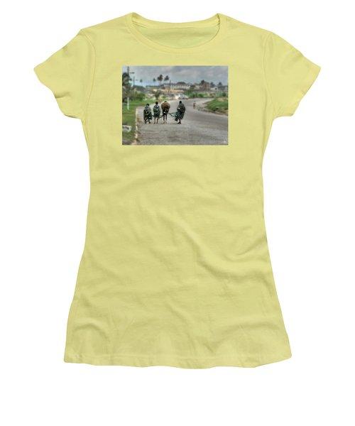 Net Boys Women's T-Shirt (Athletic Fit)