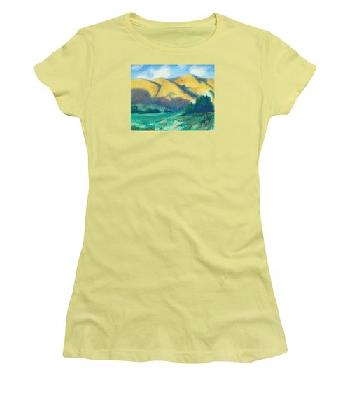 New Mexico Hills Women's T-Shirt (Athletic Fit)