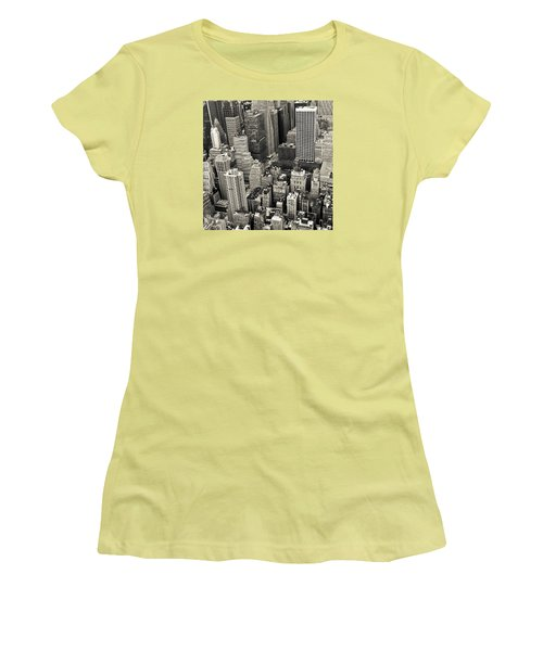 New York 1 Women's T-Shirt (Athletic Fit)