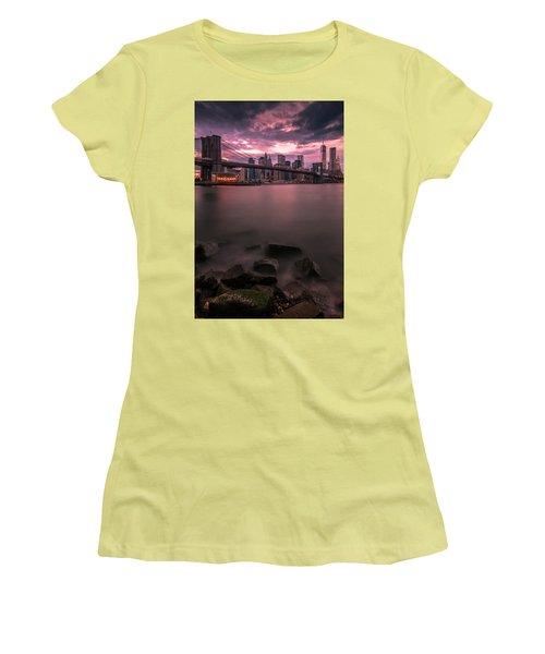 New York City Brooklyn Bridge Sunset Women's T-Shirt (Junior Cut) by Ranjay Mitra
