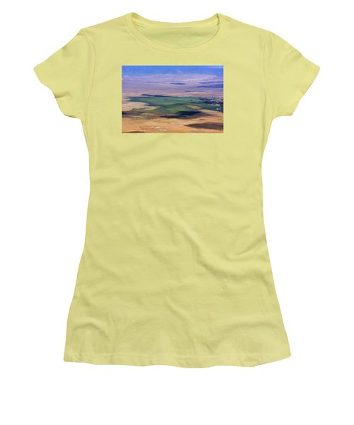 Ngorongoro Crater Tanzania Women's T-Shirt (Athletic Fit)