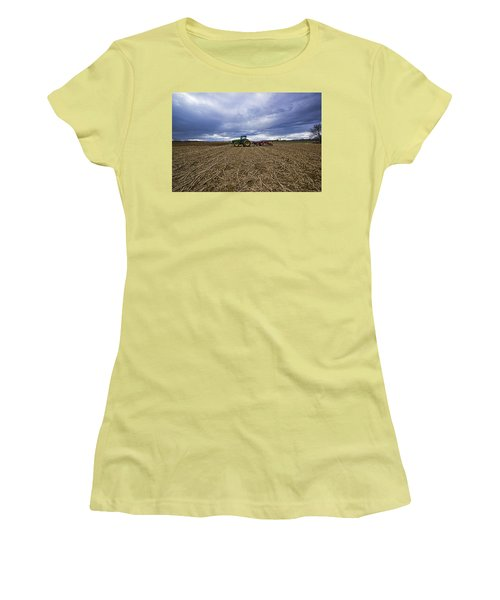 North Fork Tractor Women's T-Shirt (Athletic Fit)