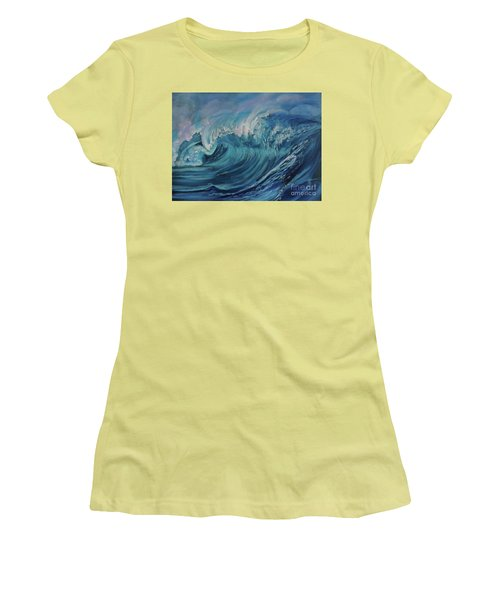 North Shore Wave Oahu Women's T-Shirt (Athletic Fit)