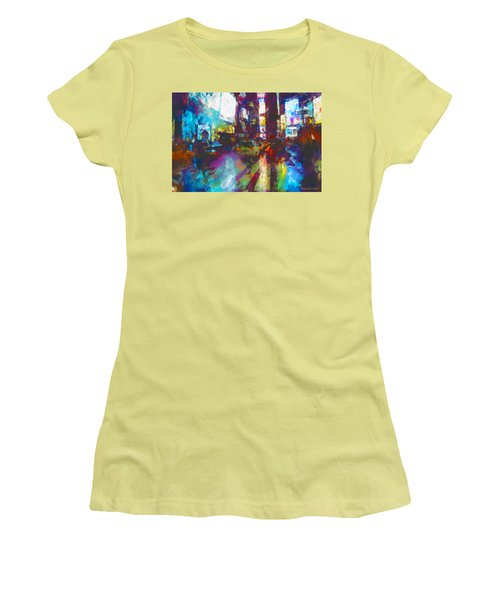 Nyc Canyon Women's T-Shirt (Athletic Fit)