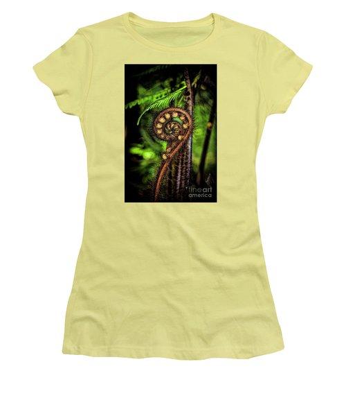 Nz Koru Women's T-Shirt (Junior Cut) by Karen Lewis