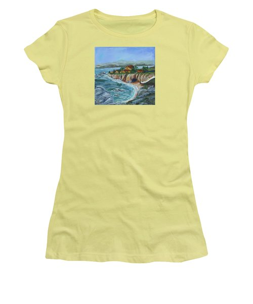 Ocean View Women's T-Shirt (Athletic Fit)