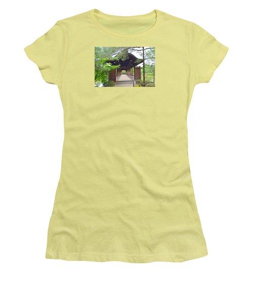 Okazaki Park And Heian Shrine Women's T-Shirt (Junior Cut)