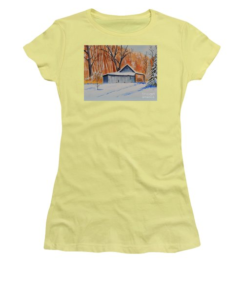 Old Barn I Women's T-Shirt (Athletic Fit)