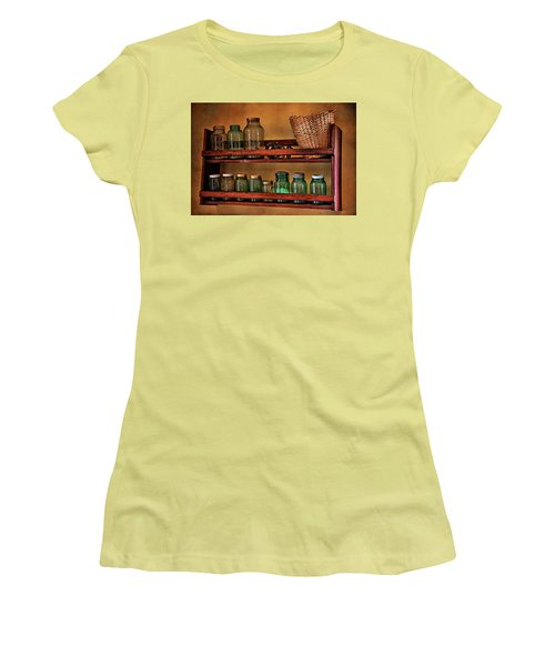 Old Jars Women's T-Shirt (Athletic Fit)