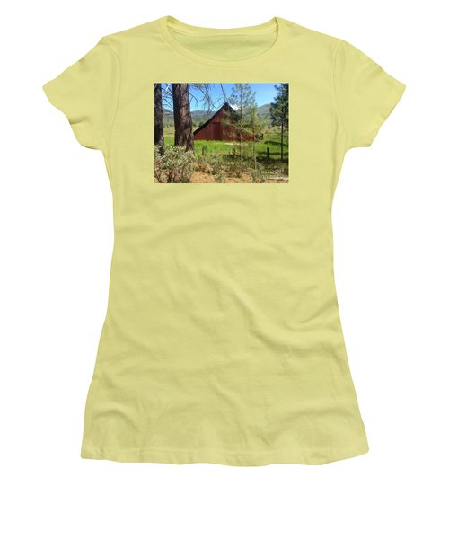 Old Red Barn Women's T-Shirt (Athletic Fit)