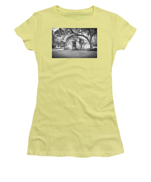 Old Tabby Church Women's T-Shirt (Athletic Fit)