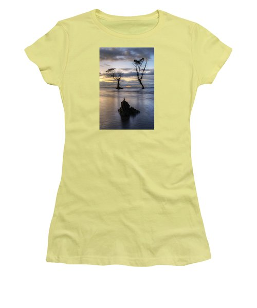 Old Trees Women's T-Shirt (Athletic Fit)