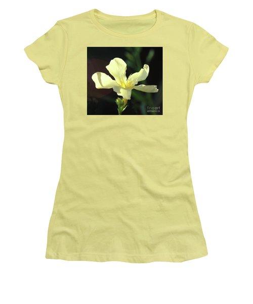 Oleander Marie Gambetta 1 Women's T-Shirt (Junior Cut) by Wilhelm Hufnagl