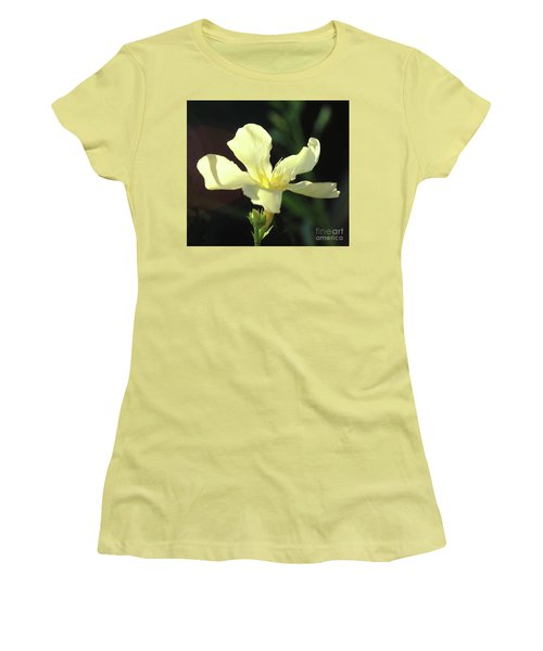 Oleander Marie Gambetta 1 Women's T-Shirt (Athletic Fit)