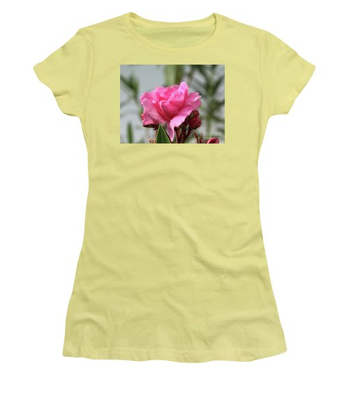 Oleander Splendens Giganteum 2 Women's T-Shirt (Athletic Fit)