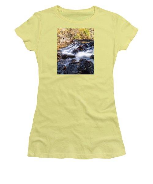 On Jennings Creek Women's T-Shirt (Junior Cut) by Alan Raasch