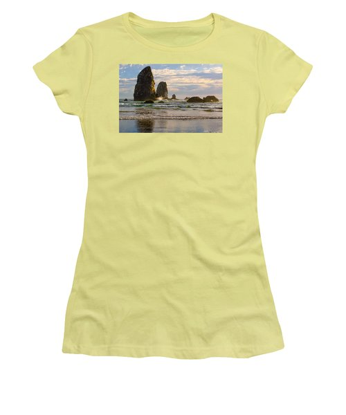 Oregon Sea Stacks Women's T-Shirt (Athletic Fit)