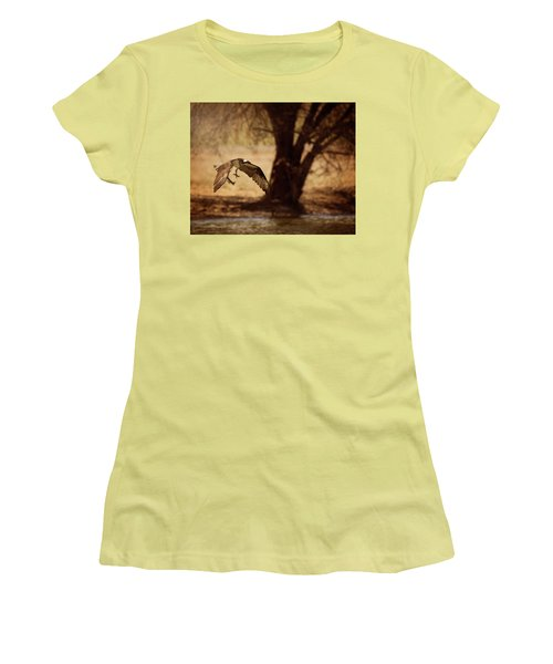 Osprey With Lunch Women's T-Shirt (Athletic Fit)