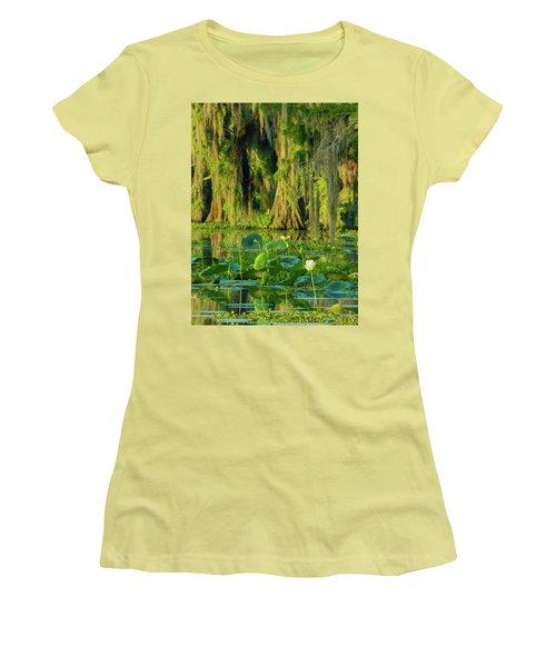 Outstanding Lotus Women's T-Shirt (Junior Cut) by Kimo Fernandez