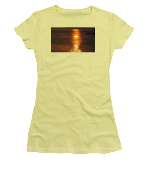 Ozark Lake Sunset Women's T-Shirt (Junior Cut) by Don Koester