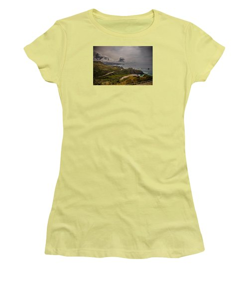 Pacific Coast Highway Women's T-Shirt (Athletic Fit)