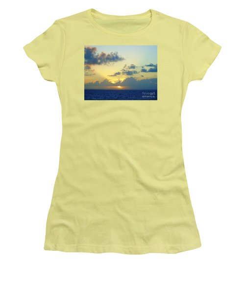 Pacific Sunrise, Japan Women's T-Shirt (Athletic Fit)