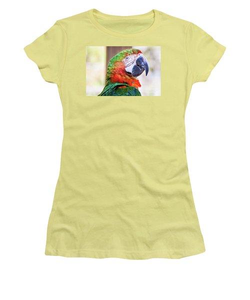 Parrot Women's T-Shirt (Athletic Fit)