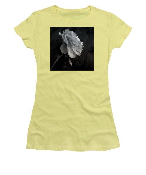 Peonie Women's T-Shirt (Junior Cut) by Sharon Jones