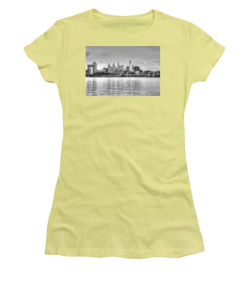 Philadelphia Skyline In Black And White Women's T-Shirt (Athletic Fit)