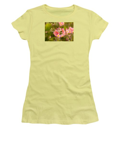 Pink Flowers In Scotland Women's T-Shirt (Athletic Fit)