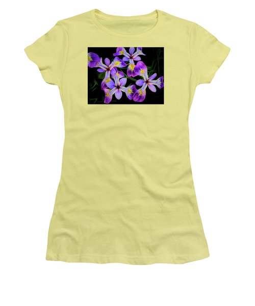 Pinwheel Purple Iris Glow Women's T-Shirt (Athletic Fit)
