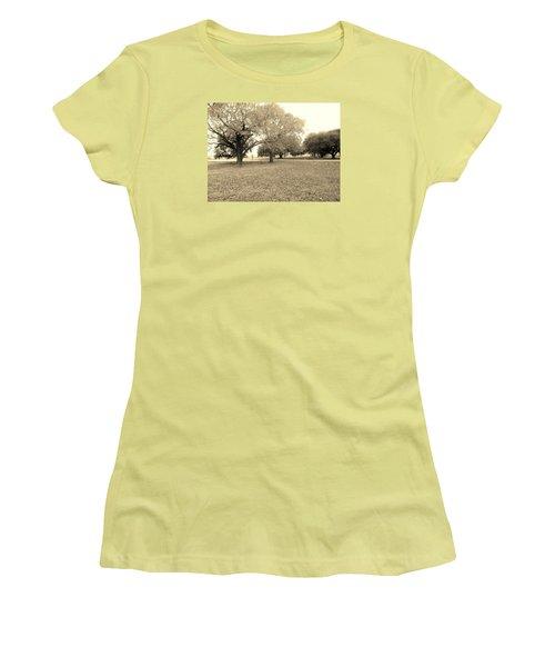 Point Blue  Women's T-Shirt (Athletic Fit)