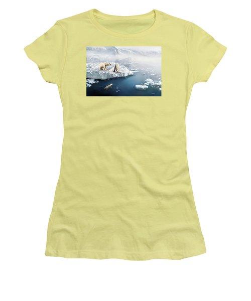 Polar Bears Women's T-Shirt (Athletic Fit)