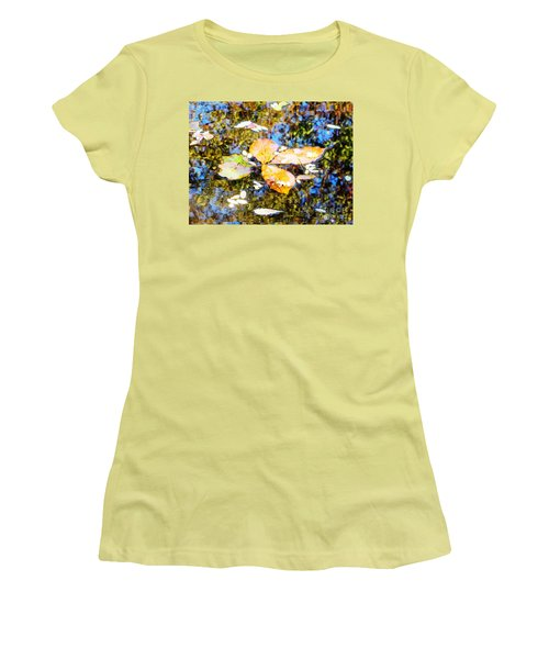 Women's T-Shirt (Junior Cut) featuring the photograph Pondering by Melissa Stoudt