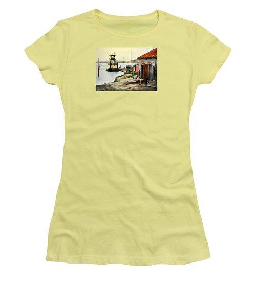 Port Aransas Ways Women's T-Shirt (Athletic Fit)