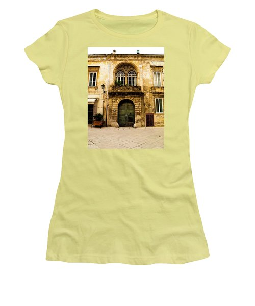 Porta 28 Women's T-Shirt (Athletic Fit)