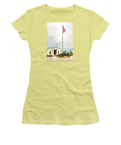 Post Office In Seaside Florida Women's T-Shirt (Athletic Fit)