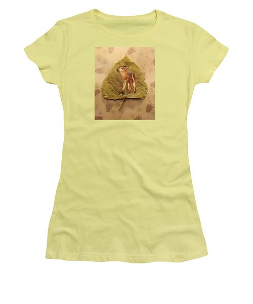 Pretty Baby Deer Women's T-Shirt (Athletic Fit)