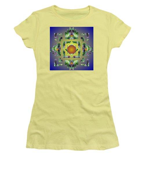 Psychedelic Mandala 002 A Women's T-Shirt (Junior Cut) by Larry Capra