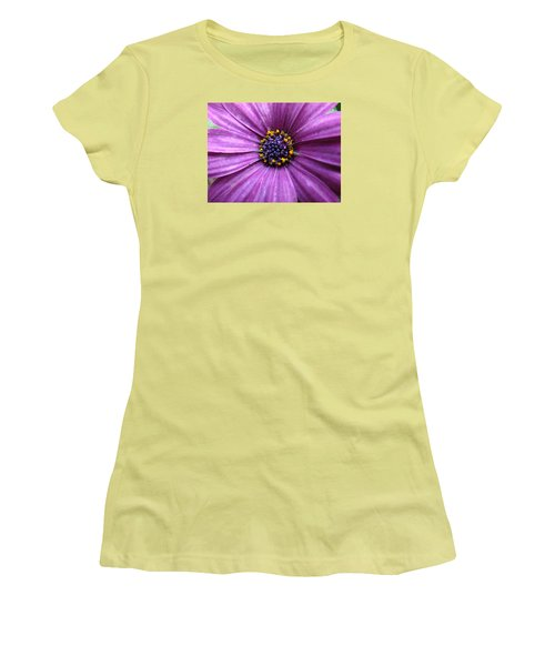 Purple African Daisy Women's T-Shirt (Athletic Fit)