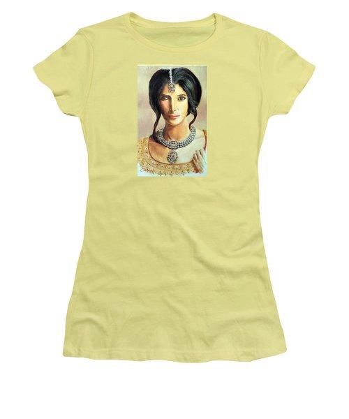 Queen Vashti Women's T-Shirt (Junior Cut) by G Cuffia