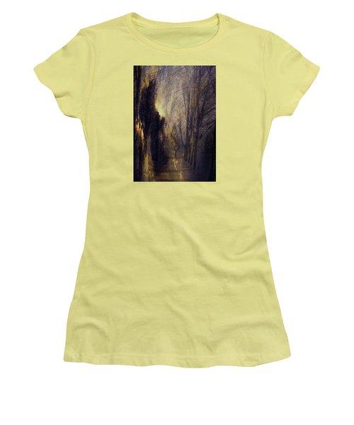 Quo Vadis  -  Memory Lane Women's T-Shirt (Athletic Fit)