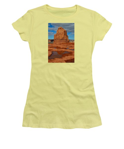 Red Rock Reflection Women's T-Shirt (Athletic Fit)