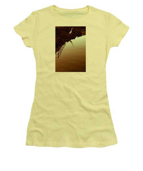 Women's T-Shirt (Junior Cut) featuring the photograph Elegant Bird by Lora Lee Chapman