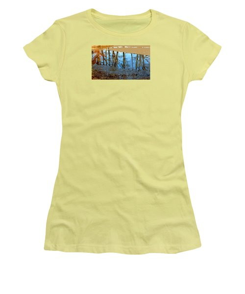 Ripples Women's T-Shirt (Junior Cut) by Spyder Webb