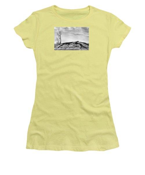 Women's T-Shirt (Junior Cut) featuring the photograph Rise by Ryan Manuel