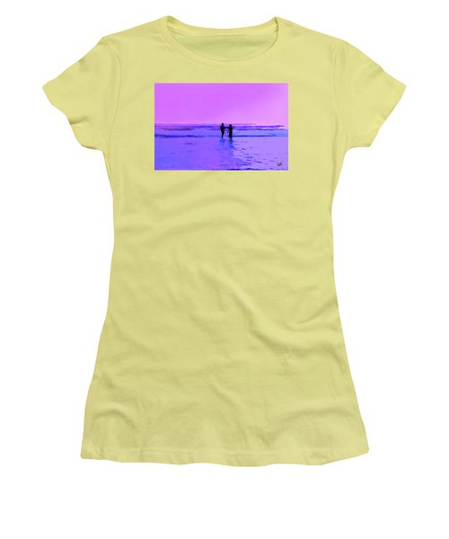 Romance On The Beach Women's T-Shirt (Athletic Fit)