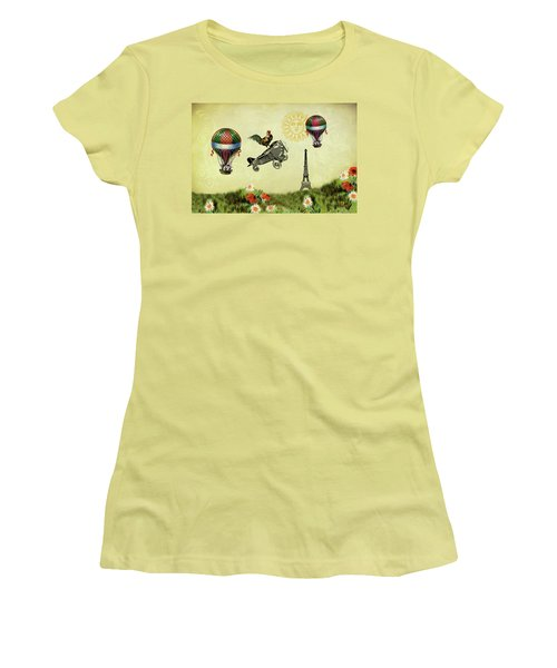 Rooster Flying High Women's T-Shirt (Athletic Fit)