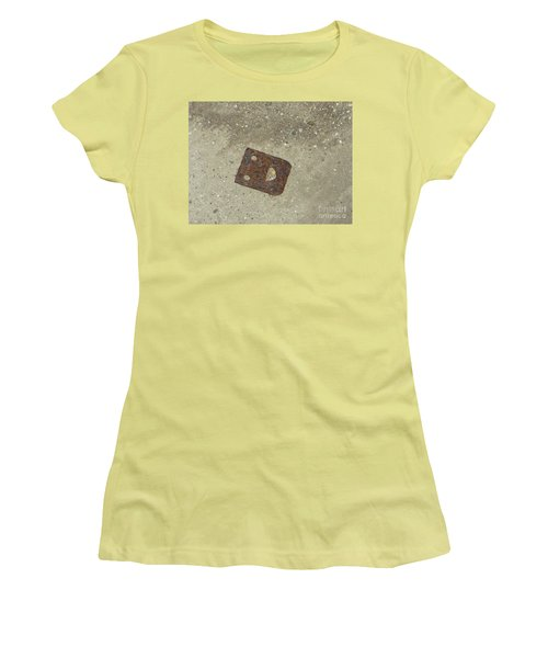 Rusty Metal Hinge Smiley Women's T-Shirt (Athletic Fit)